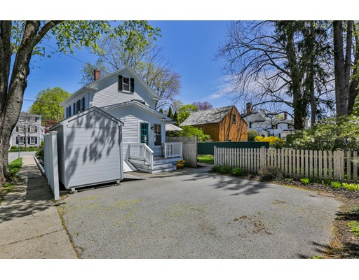 Picture 4 of 303 High St  Newburyport Ma 3 Bedroom Single Family