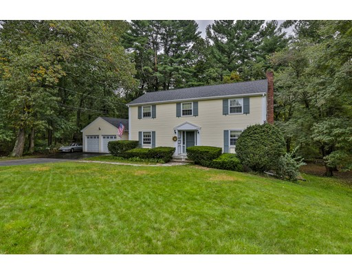 Picture 1 of 13 Ivy Ln  Andover Ma  4 Bedroom Single Family