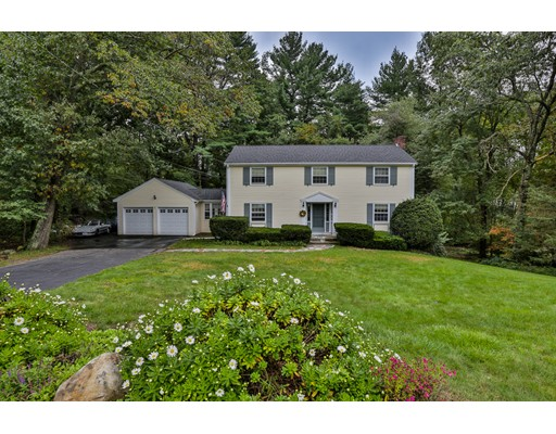 Picture 2 of 13 Ivy Ln  Andover Ma 4 Bedroom Single Family
