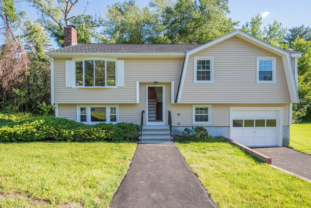 1 Sandra Ave, Burlington, Massachusetts