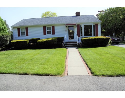 Picture 1 of 23 Milano  Saugus Ma  3 Bedroom Single Family#