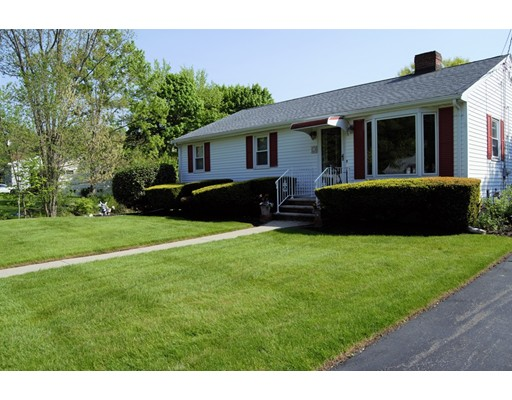 Picture 2 of 23 Milano  Saugus Ma 3 Bedroom Single Family
