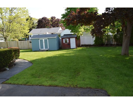 Picture 3 of 23 Milano  Saugus Ma 3 Bedroom Single Family