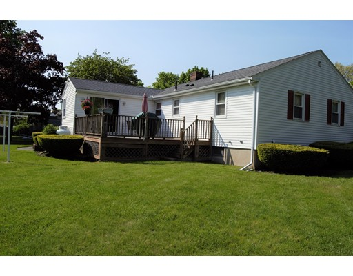 Picture 5 of 23 Milano  Saugus Ma 3 Bedroom Single Family