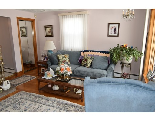 Picture 7 of 23 Milano  Saugus Ma 3 Bedroom Single Family