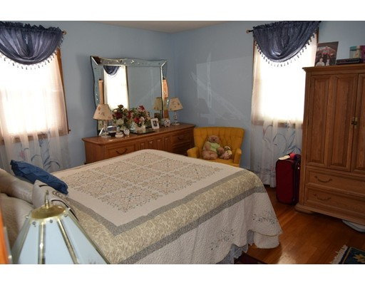 Picture 11 of 23 Milano  Saugus Ma 3 Bedroom Single Family