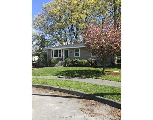Hingham Rd, Worcester, MA 01606