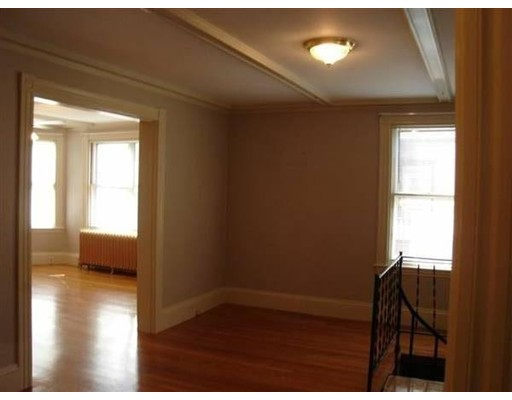 Photo of 310 Clifton St #1