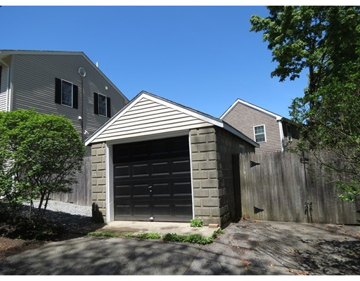 Picture 4 of 20 Westland Ave  Saugus Ma 3 Bedroom Single Family