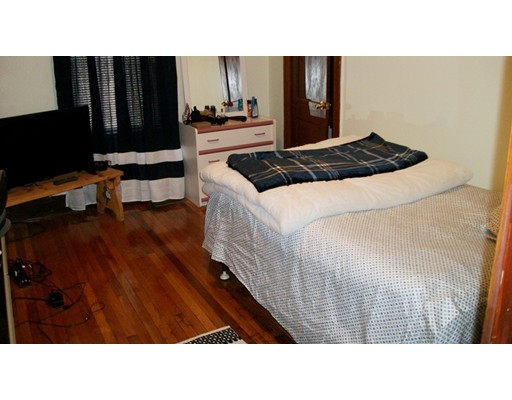 Picture 10 of 62 Town Hill St  Quincy Ma 4 Bedroom Multi-family
