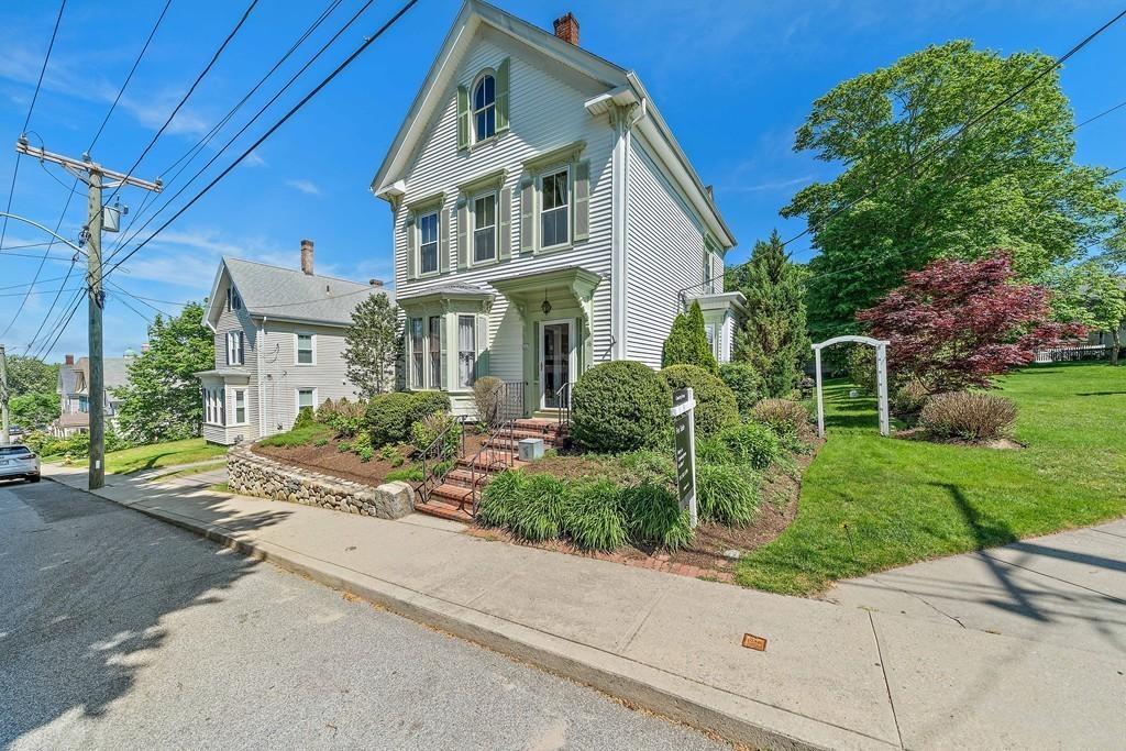 16 Vernon St, Plymouth, Massachusetts