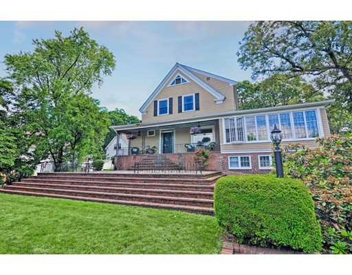 Hillside Rd, Franklin, MA 02038