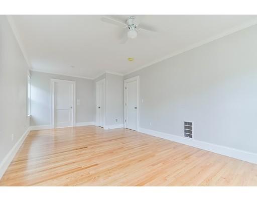 Picture 10 of 21 Brandon Rd Unit 1 Milton Ma 2 Bedroom Rental