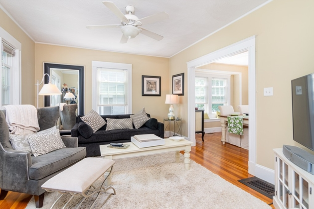 Picture 3 of 17 Bedford St  Quincy Ma 3 Bedroom Multi-family