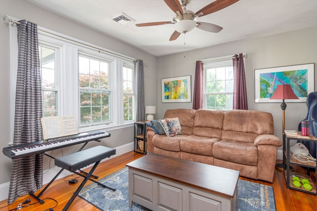 Picture 11 of 17 Bedford St  Quincy Ma 3 Bedroom Multi-family