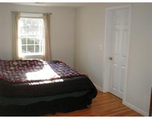 Picture 12 of 10 Manor Ave  Natick Ma 4 Bedroom Single Family