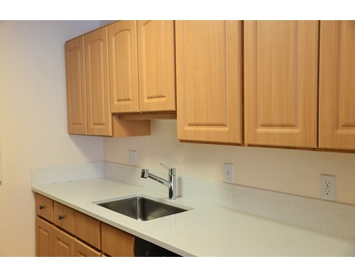 Picture 4 of 199 Coolidge Ave Unit 302 Watertown Ma 2 Bedroom Condo