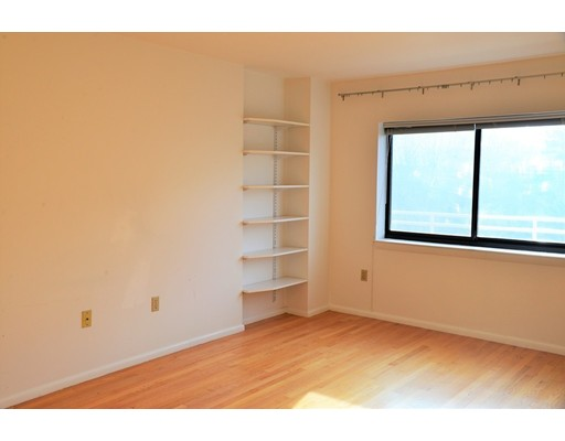 Picture 8 of 199 Coolidge Ave Unit 302 Watertown Ma 2 Bedroom Condo