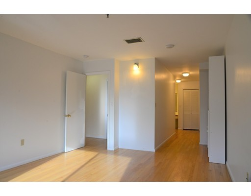 Picture 10 of 199 Coolidge Ave Unit 302 Watertown Ma 2 Bedroom Condo