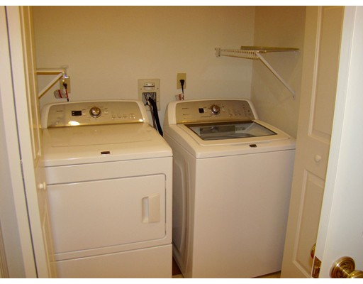 Picture 10 of 93-95 Squantum St Unit 93 Milton Ma 2 Bedroom Rental