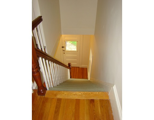 Picture 11 of 93-95 Squantum St Unit 93 Milton Ma 2 Bedroom Rental