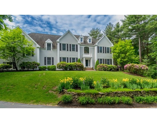 658 Main St, Medfield, MA 02052