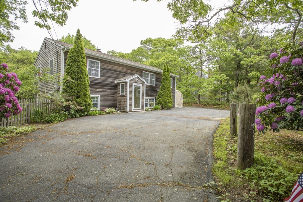 374 Old Plymouth Rd, Bourne, Massachusetts