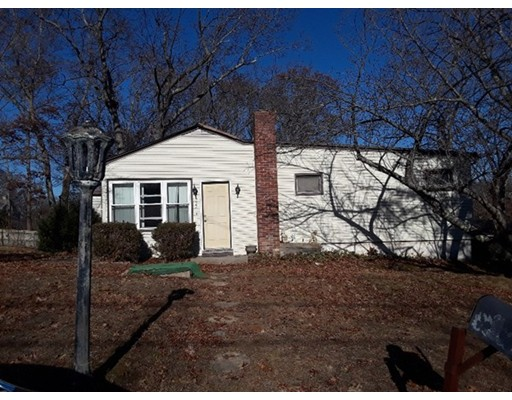 722 Spencer St, Fall River, MA 02721