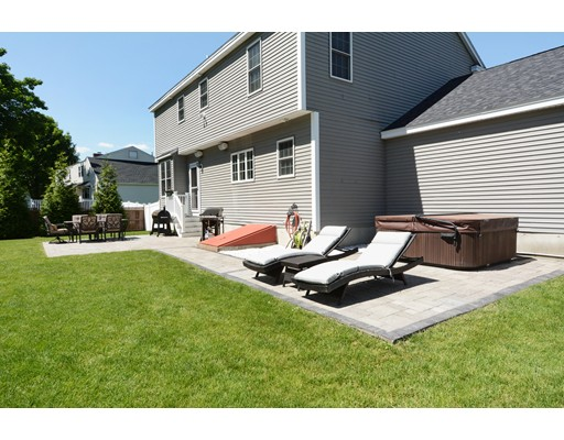 Picture 7 of 27 Intervale Ave  Peabody Ma 4 Bedroom Single Family