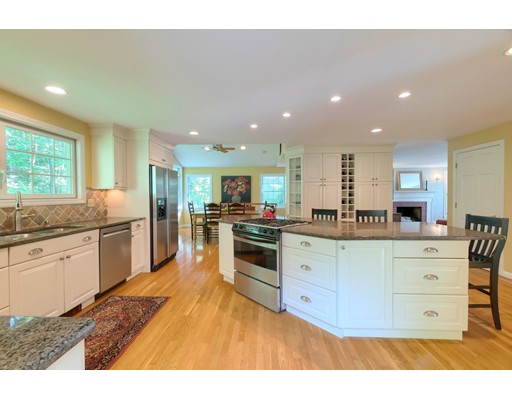 Picture 6 of 14 Shelly Lane  Westford Ma 4 Bedroom Single Family