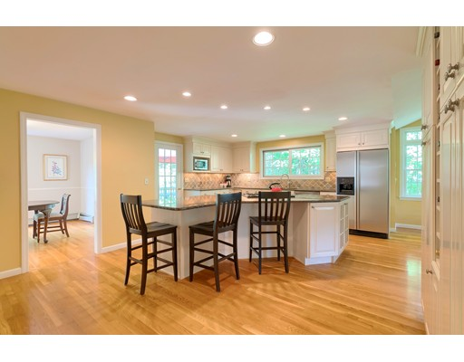 Picture 7 of 14 Shelly Lane  Westford Ma 4 Bedroom Single Family