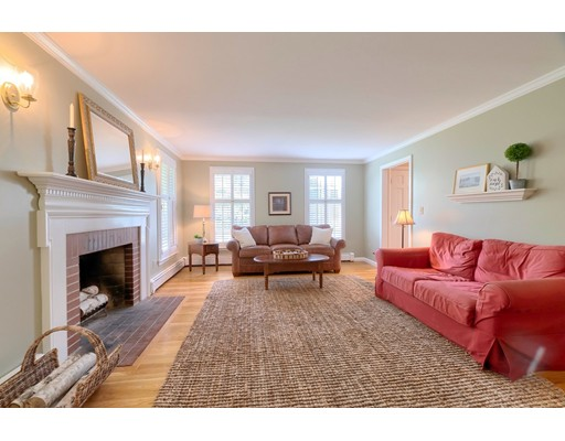 Picture 10 of 14 Shelly Lane  Westford Ma 4 Bedroom Single Family