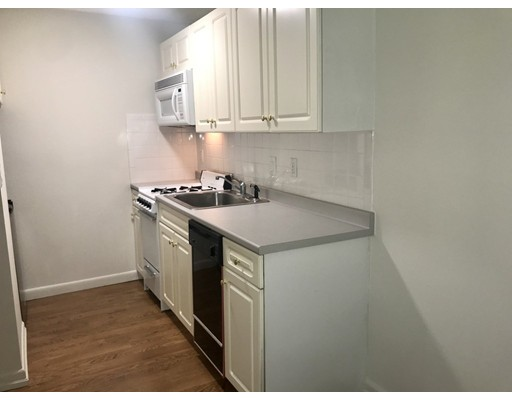 Picture 3 of 1 Brown Ave Unit 2-51 Amesbury Ma 1 Bedroom Condo