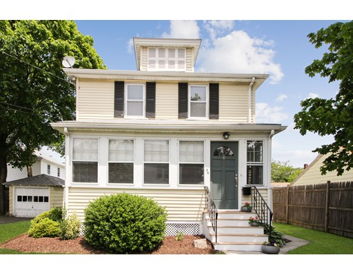 Picture 2 of 34 Ellis St  Quincy Ma 3 Bedroom Single Family