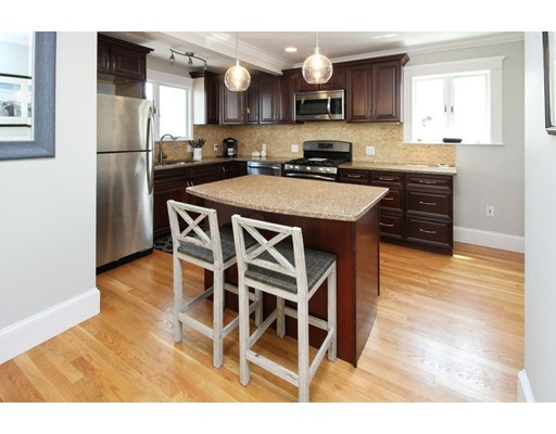 Picture 10 of 34 Ellis St  Quincy Ma 3 Bedroom Single Family