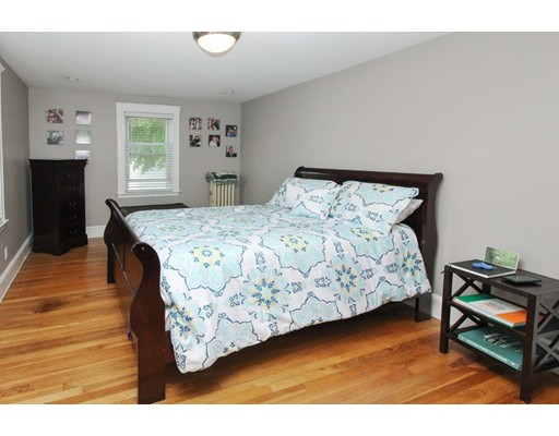 Picture 13 of 34 Ellis St  Quincy Ma 3 Bedroom Single Family
