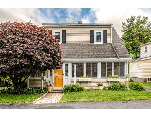 Picture 2 of 27 Prospect Ave  Lynnfield Ma 3 Bedroom Single Family