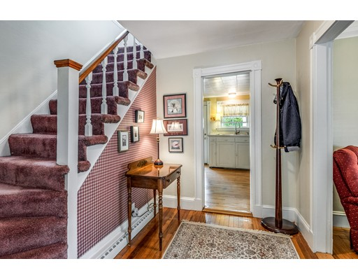 Picture 6 of 27 Prospect Ave  Lynnfield Ma 3 Bedroom Single Family