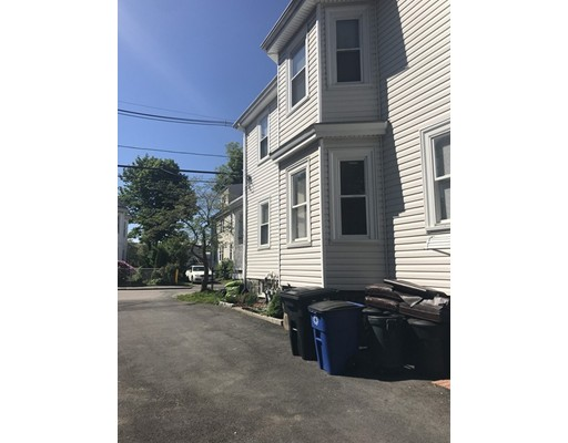 Picture 3 of 68 Kendall St  Quincy Ma 5 Bedroom Multi-family