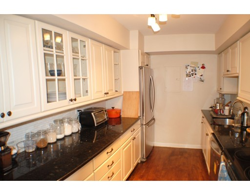 Picture 1 of 41 Park St Unit 107 Brookline Ma  2 Bedroom Condo#