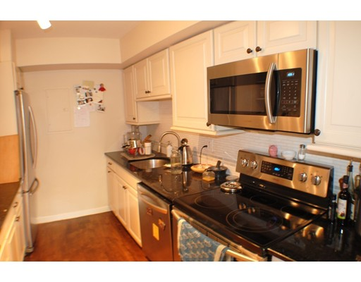 Picture 2 of 41 Park St Unit 107 Brookline Ma 2 Bedroom Condo