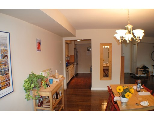 Picture 3 of 41 Park St Unit 107 Brookline Ma 2 Bedroom Condo