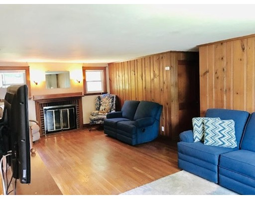 Picture 12 of 20 Loker St  Natick Ma 2 Bedroom Single Family