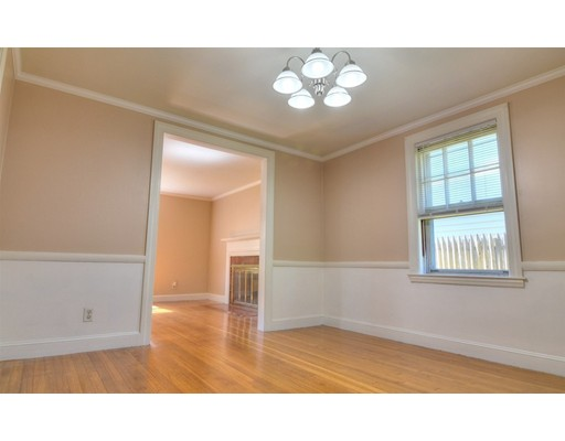 Picture 6 of 124 Davis St  Quincy Ma 3 Bedroom Single Family