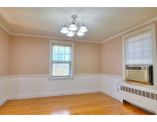 Picture 7 of 124 Davis St  Quincy Ma 3 Bedroom Single Family