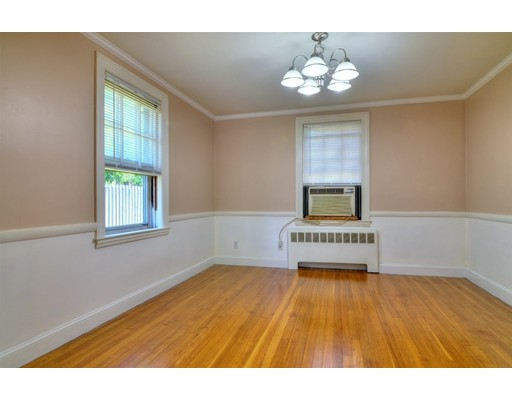 Picture 8 of 124 Davis St  Quincy Ma 3 Bedroom Single Family