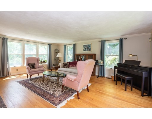 Picture 13 of 9 Dover Hill Rd  Topsfield Ma 4 Bedroom Single Family