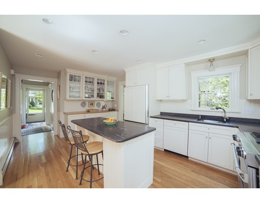 Picture 10 of 8 Rowland Ave  Lexington Ma 4 Bedroom Single Family