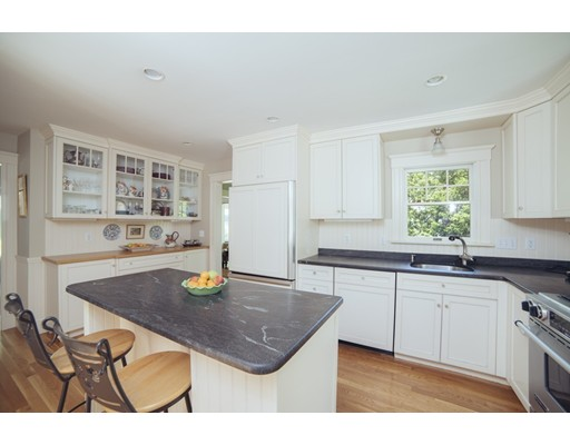 Picture 11 of 8 Rowland Ave  Lexington Ma 4 Bedroom Single Family
