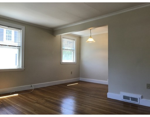 Picture 4 of 19 Alpheus Rd  Boston Ma 6 Bedroom Multi-family